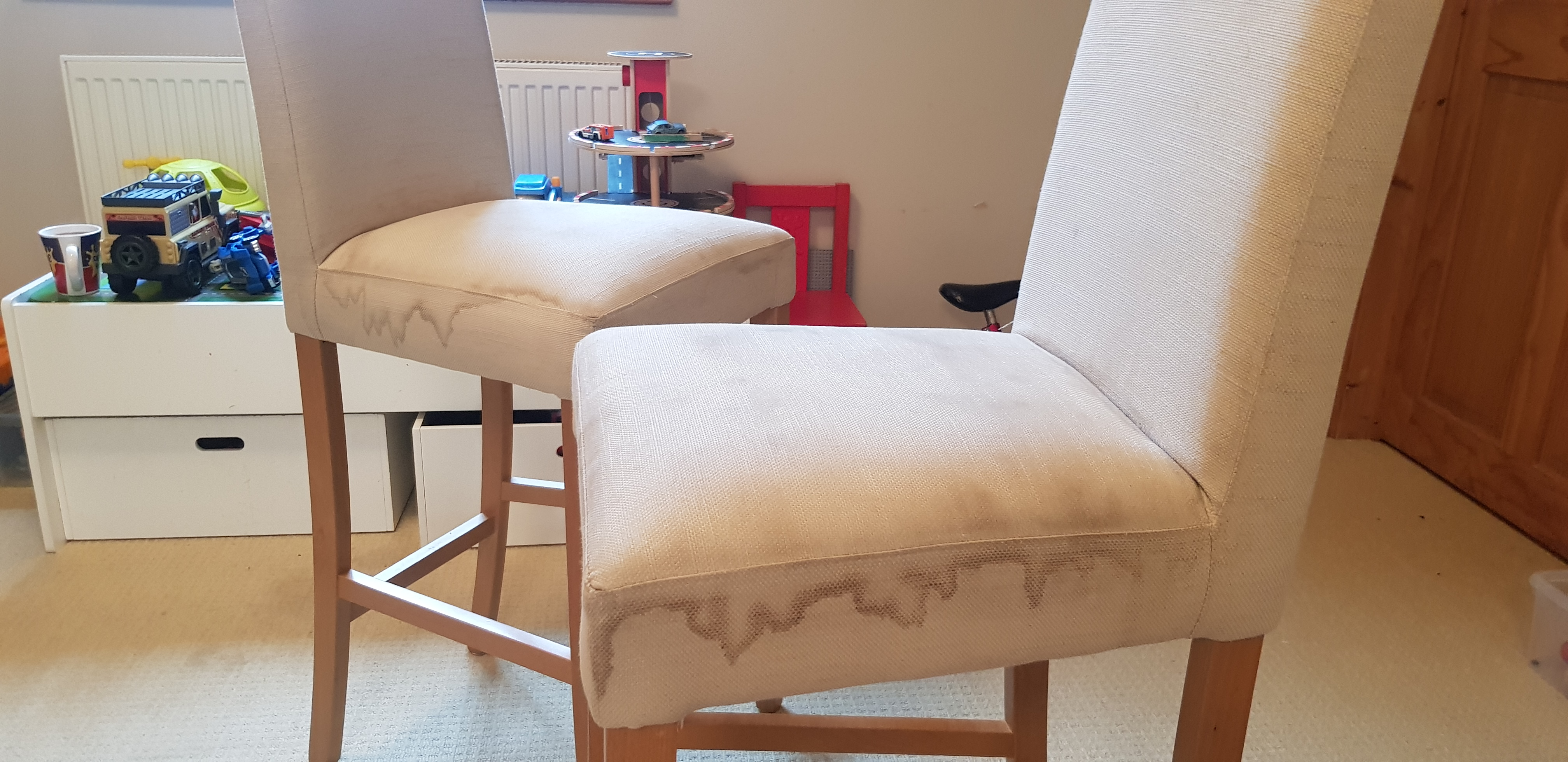DIY chair cleaning